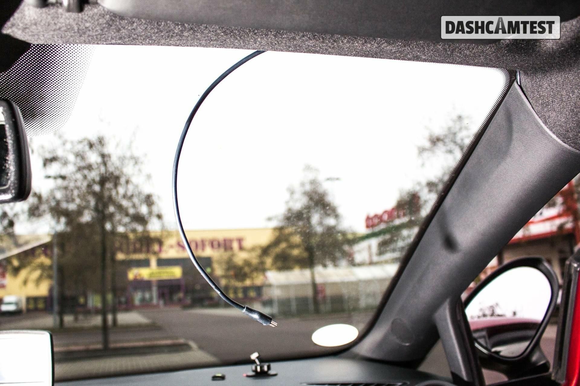 Anleitung: Dashcam unauffällig im Auto installieren - dashcamtest.de