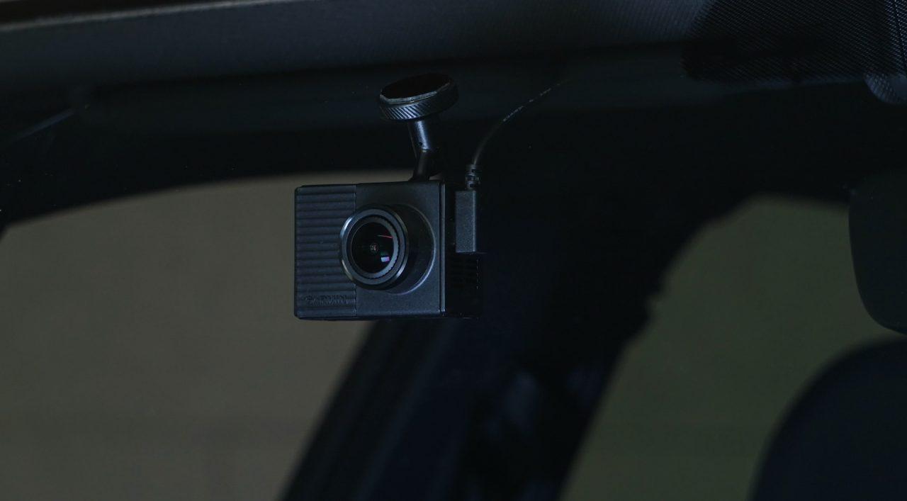 garmin-dashcam-tandem-front2